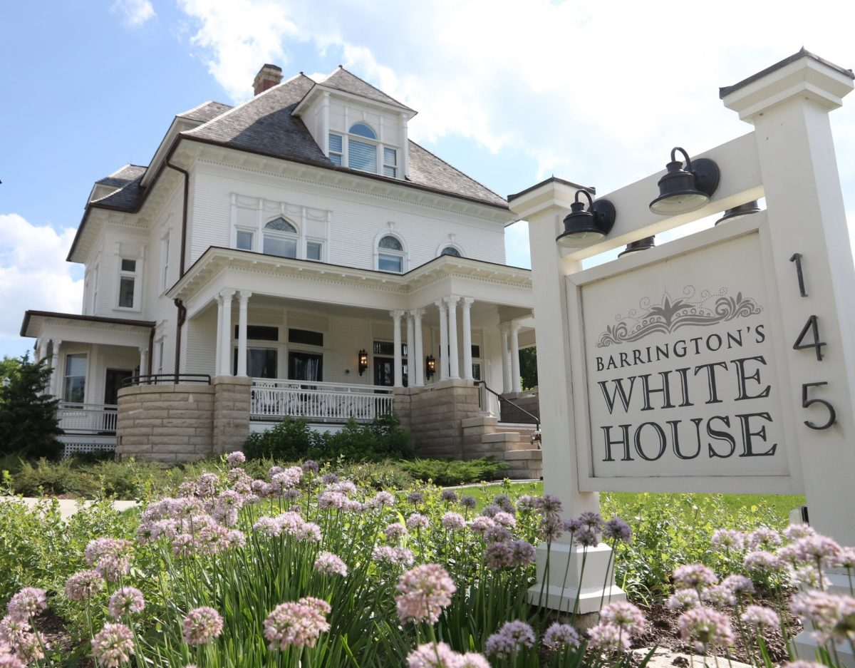 springtime flowers at Barrington's White House